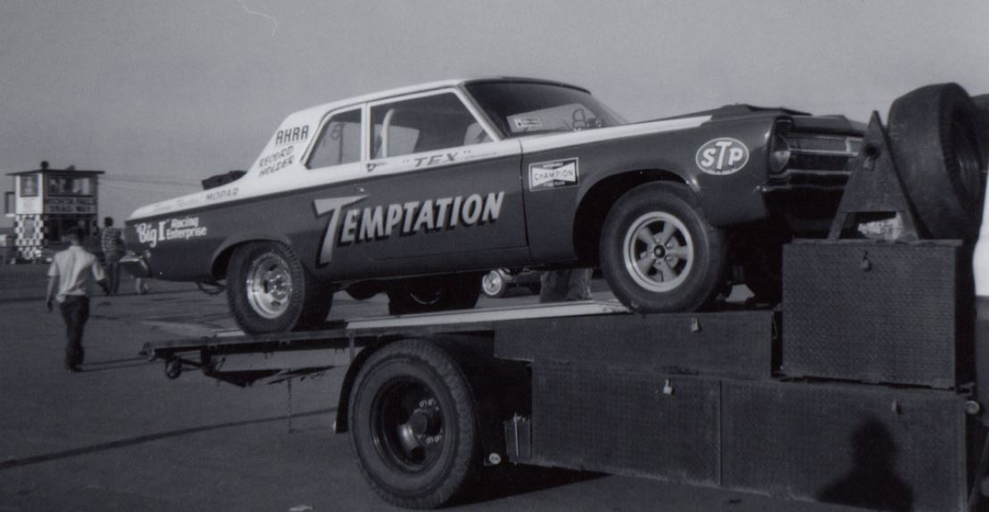 Temptation altered-wheelbase AFX at Wichita Falls Dragway.JPG
