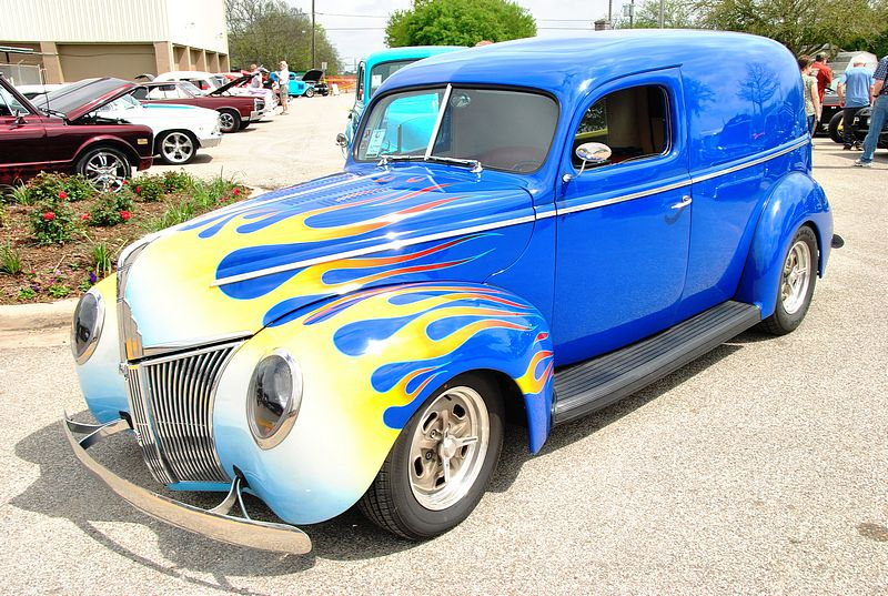 texas_joy_ride_car_show_2010.jpg