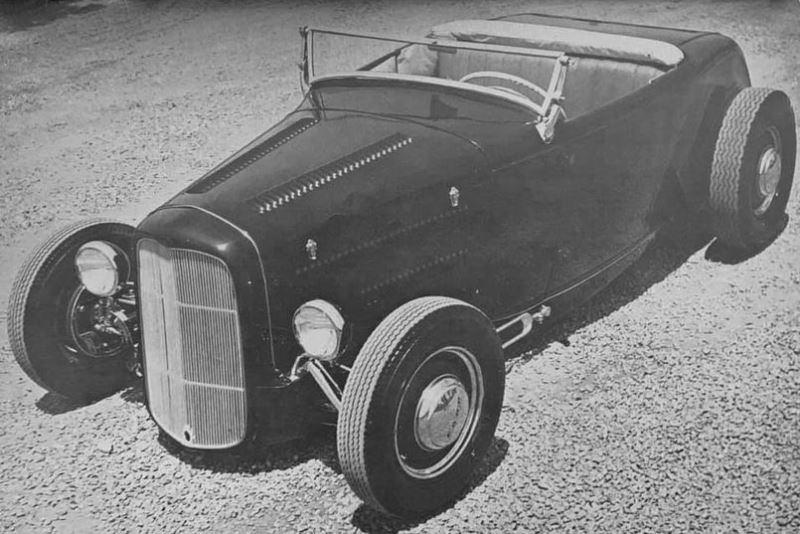 The Bob Longman Roadster - HOP UP July 1952 (1).jpg