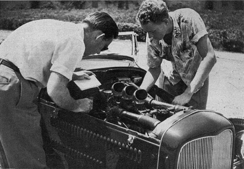 The Bob Longman Roadster - HOP UP July 1952 (2).jpg