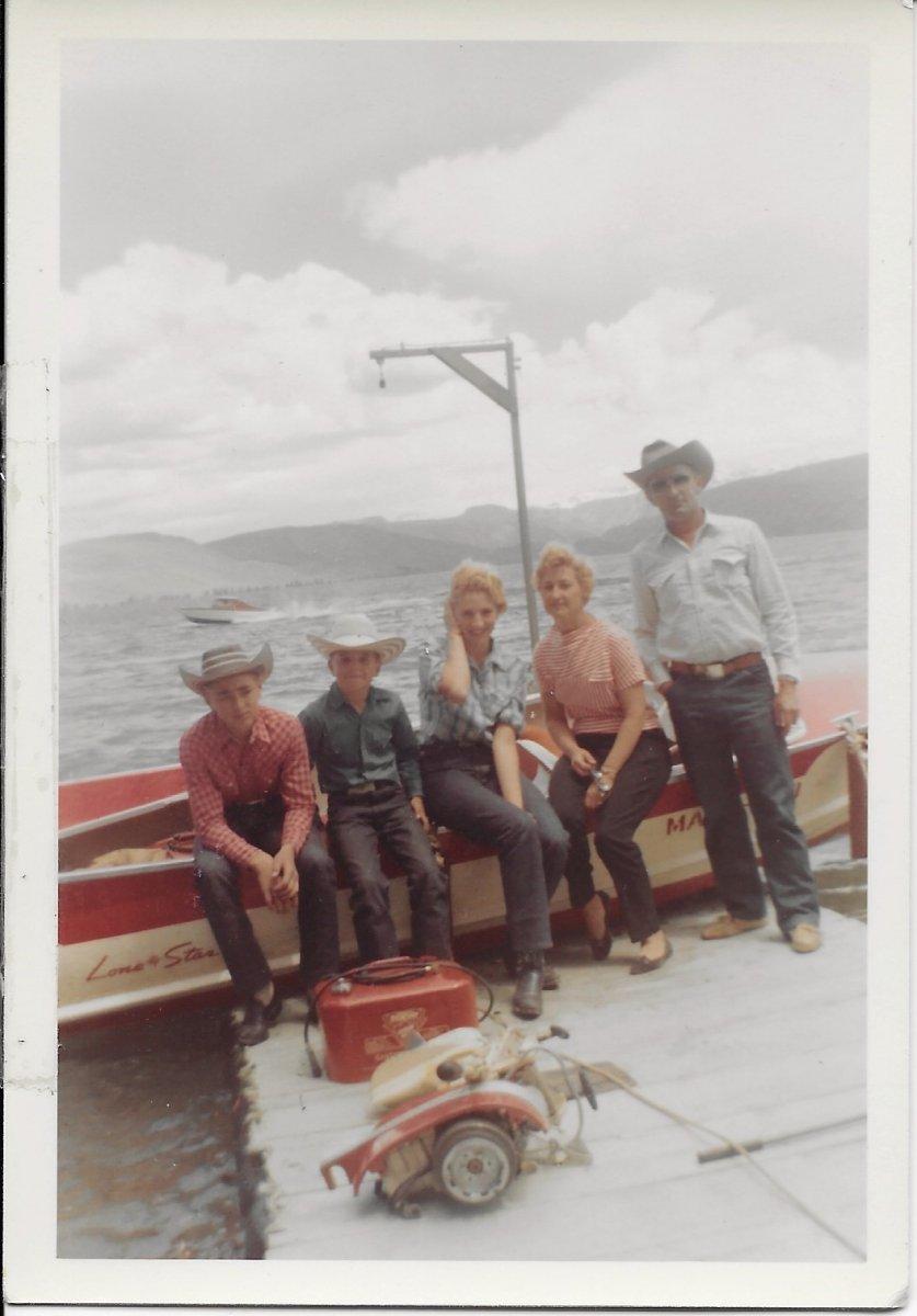 The Bonomos Freemont Lake 1960.jpg