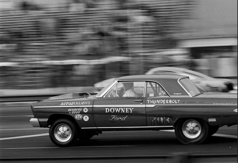 The downey Ford 1965 T Bolt.JPG