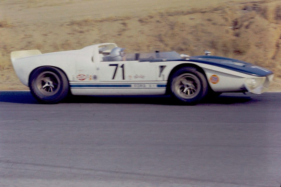 the Ford X1, a prototype GT40.jpg