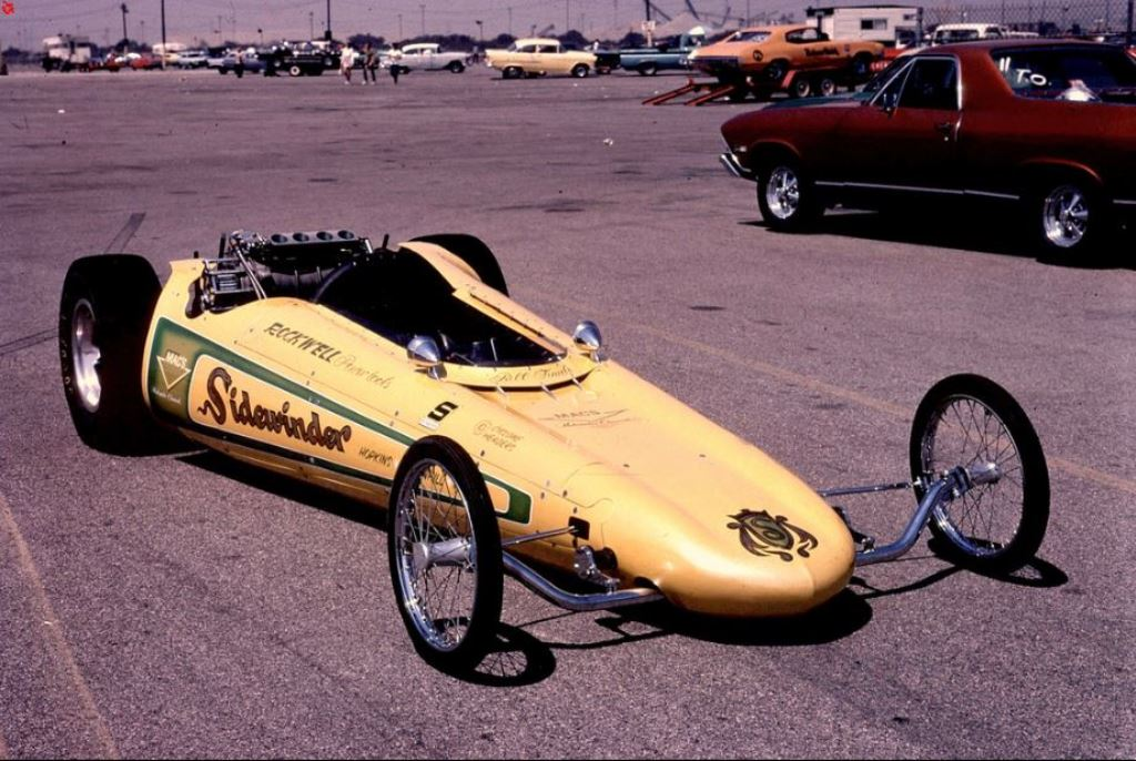 The Sidewinder Dragster (ex Magwinder with blown Pontiac).jpg