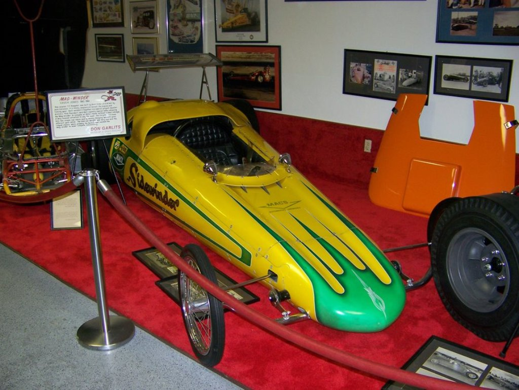 The Sidewinder (ex Magwinder) Dragster in Garlits Museum (1).jpg