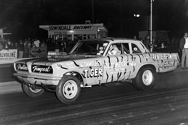 The Tameless Tiger, driven by Arnie the Farmer Beswick.jpg