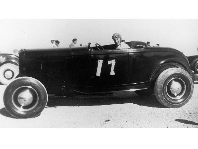 thumbnail_0702rc_11_z+the_fastest_1932_fords_from_the_early_days_of_racing+.jpg
