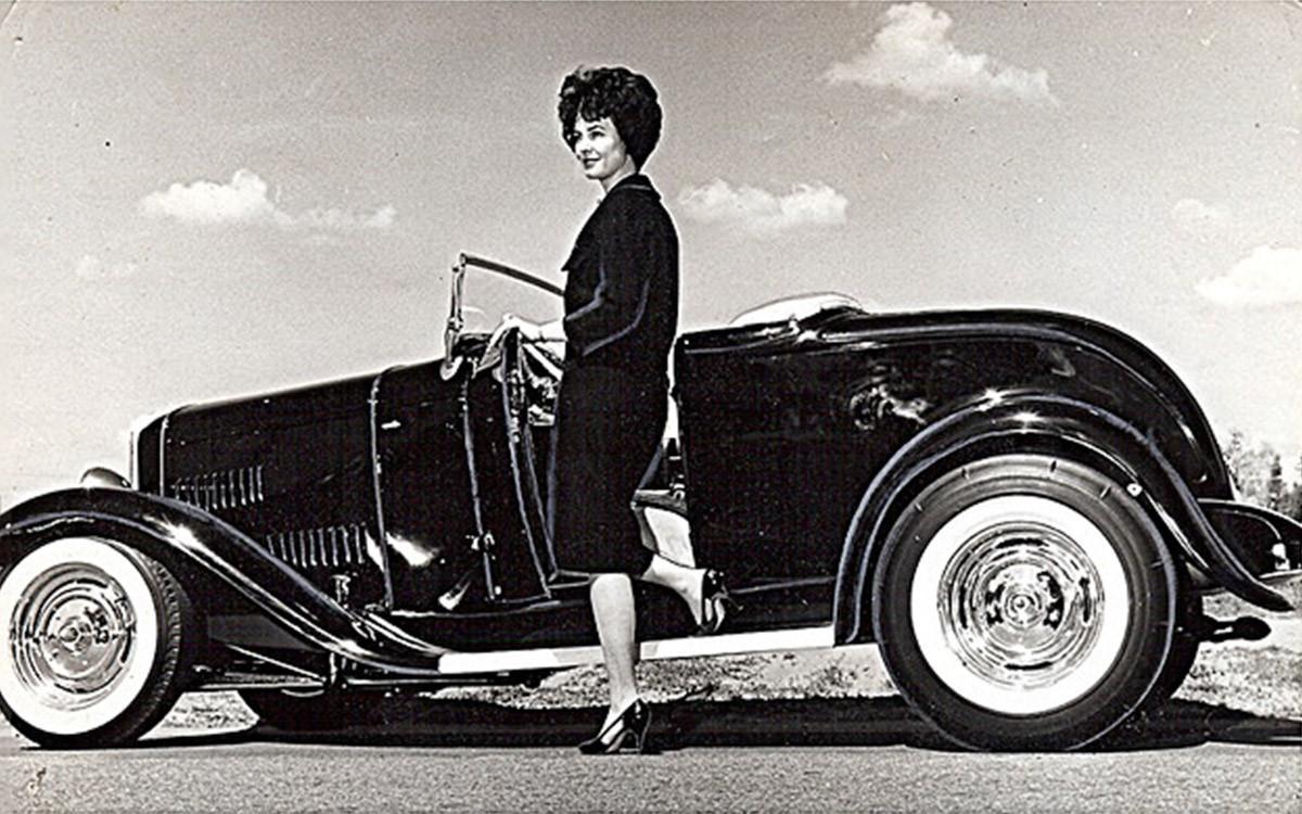 thumbnail_Gene-Winfield-Deuce-Roadster-25-of-26.jpg