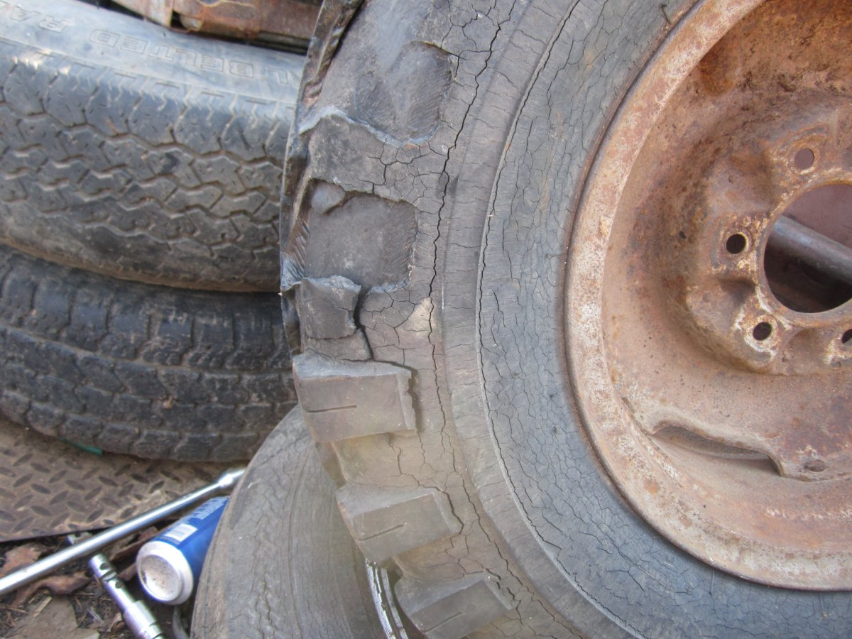 tires 003.JPG