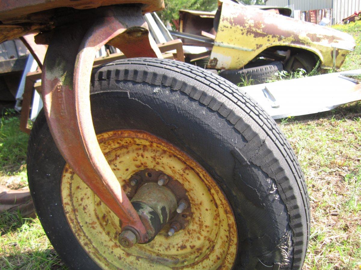 tires 006.JPG