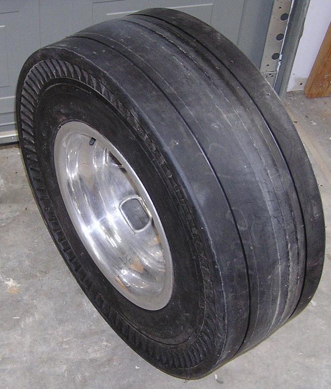tires rear.jpg