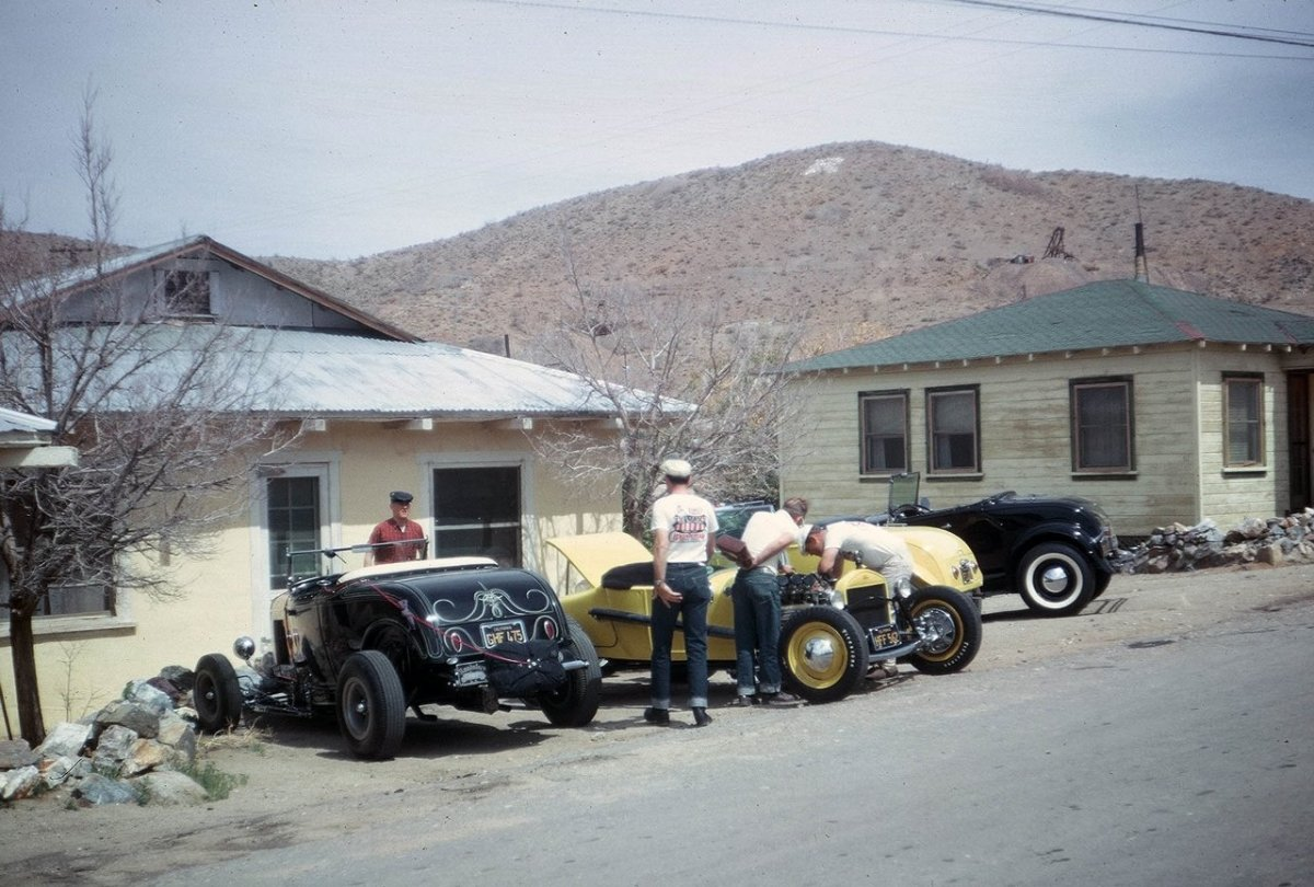 Tom Booth '30 Model A Roadster (LA Roadsters Motel - Tinkering).jpg