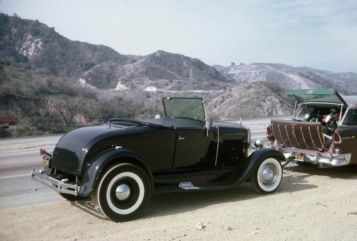 Tom Booth '30 Model A Roadster (Under Tow).jpg