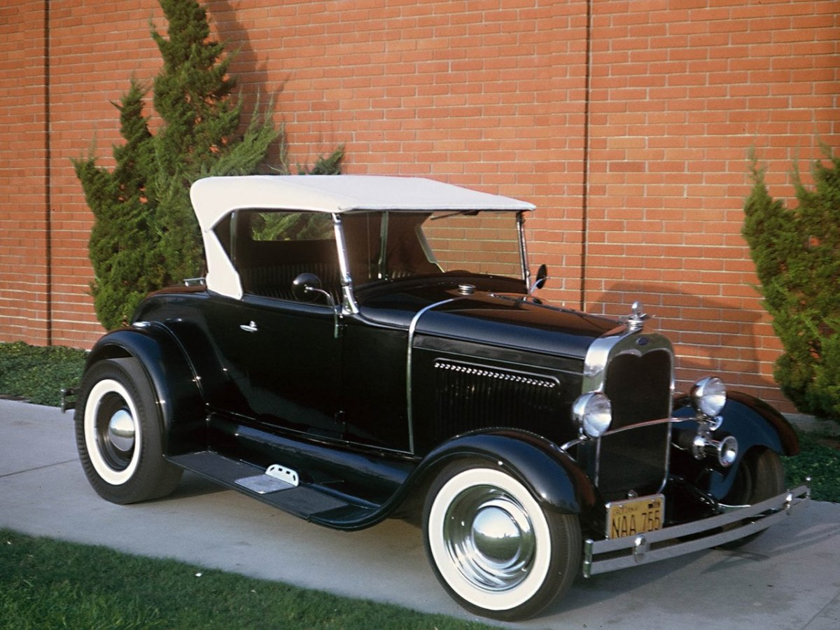 Tom Cavoretto's '30 Model A Roadster (Restored to its circa 1960s Tom Booth configuration).jpg