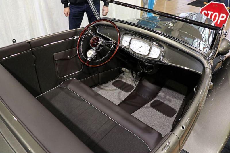 Tom Firth Brownstone Roadster (by Brian Brennan) (3).jpg