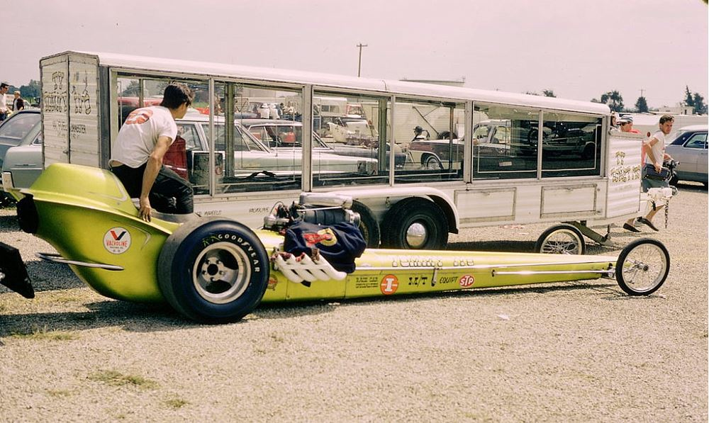 Tommy Ivo dragster.JPG