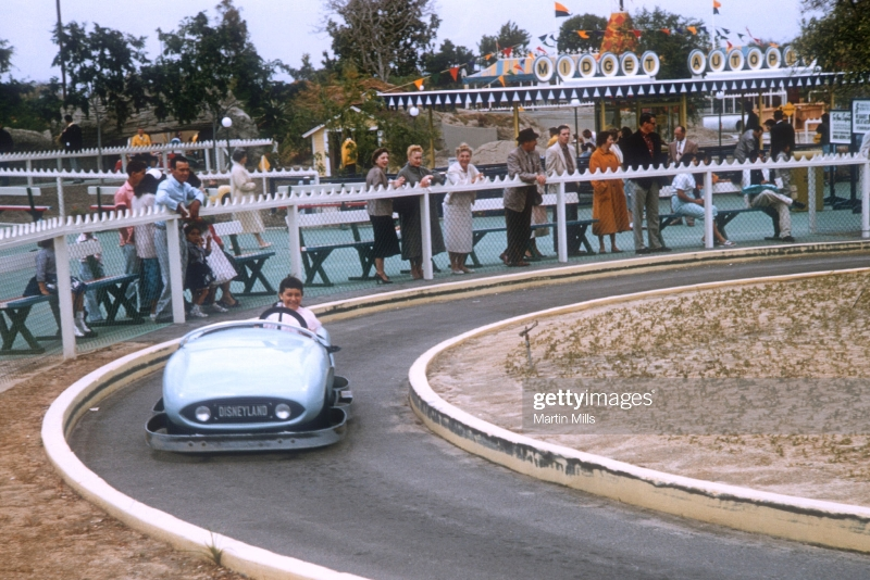 Tomorrowland Autopia - April 1957.jpg