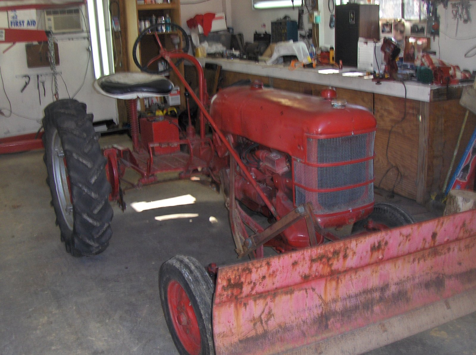 Technical 6 Volt Ground Question The Hamb 1946 Ford A 6v Positive To 12vtonwire Diagram Tractor For Driveway 003