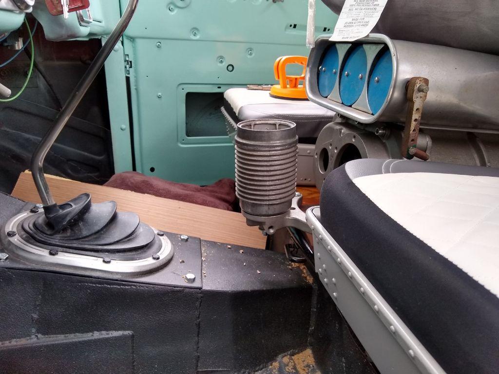 truckcupholder.jpg