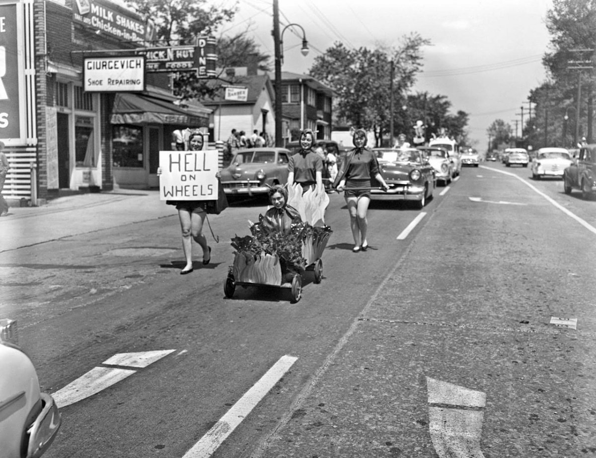 University of Kentucky Push-Cart-Derby, c.1954 .jpg