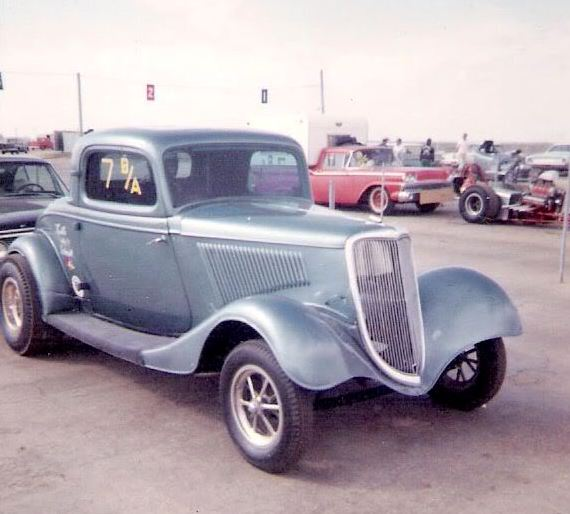 Unknown BA ford coupe.JPG