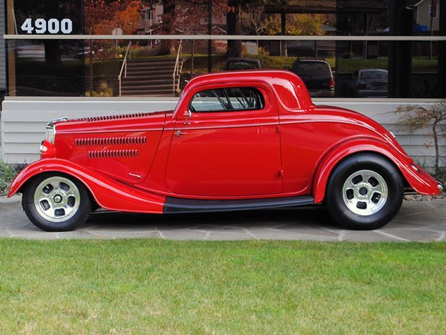 used-1934-ford-deluxe-threewindowcoupe-9423-6482747-7-640.jpg