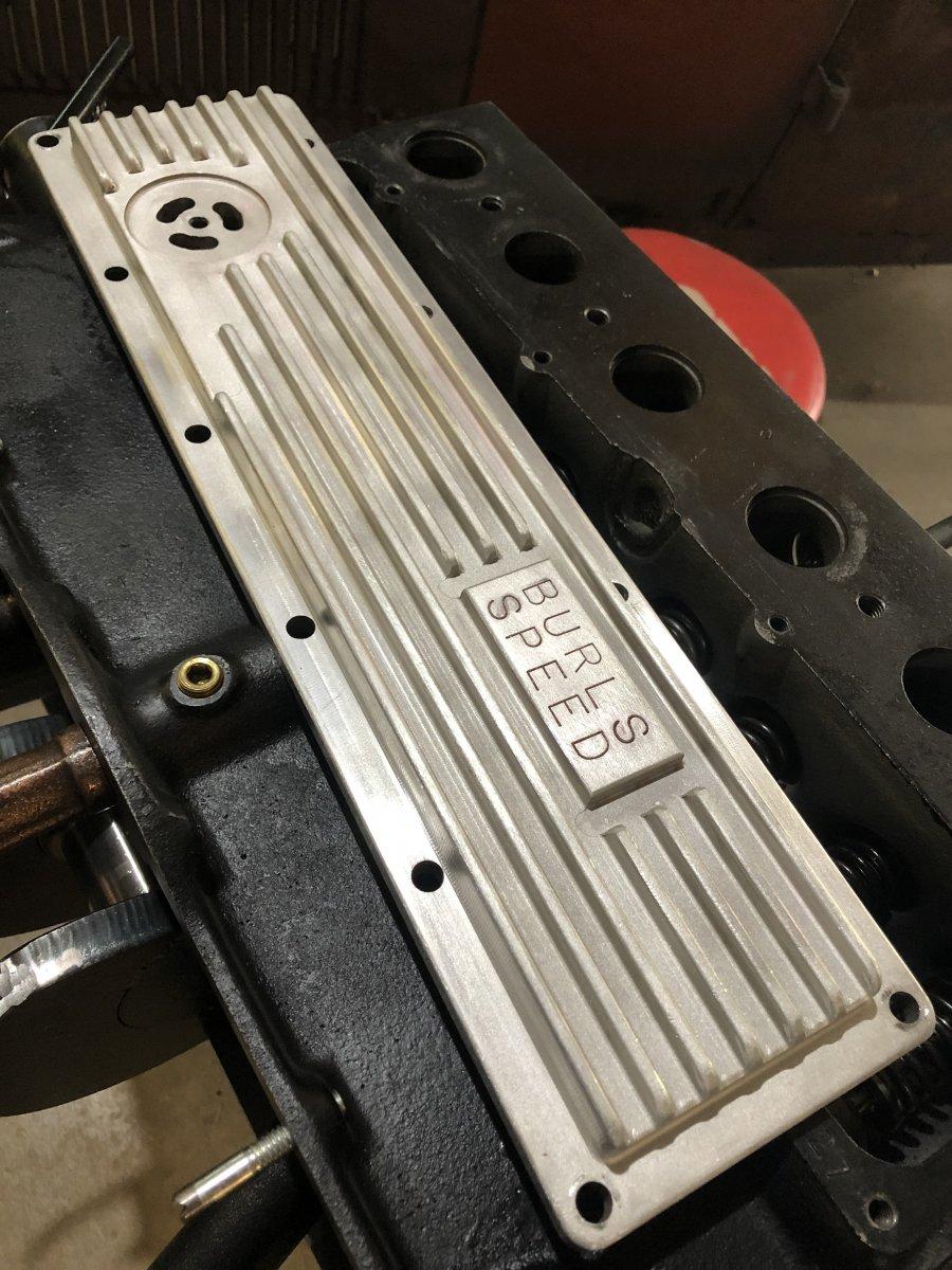 valve cover.jpg