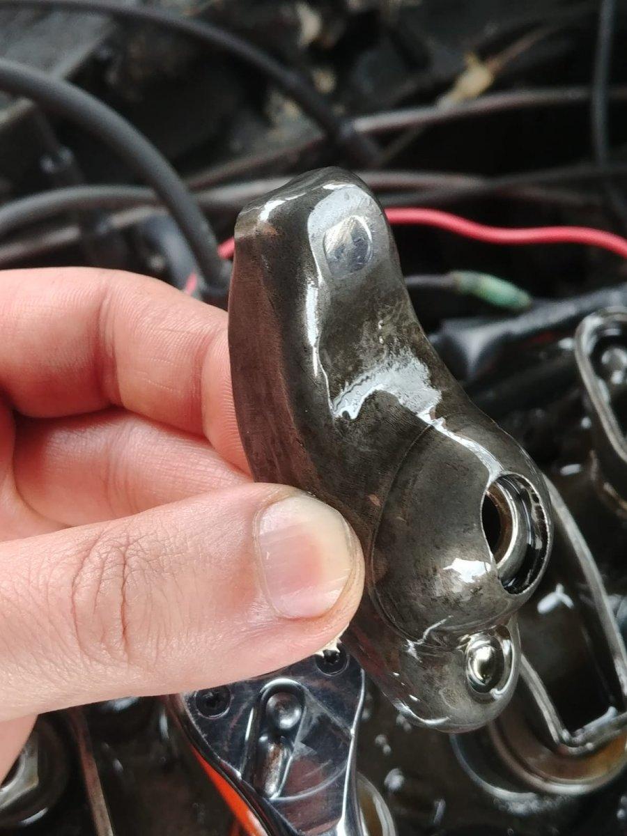valve train inspection 1.jpg