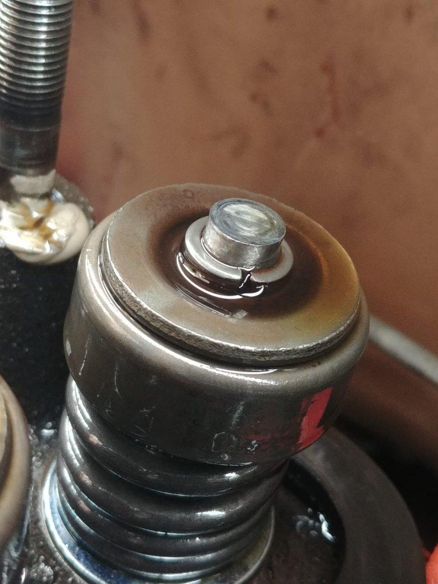 valve train inspection 2.jpg