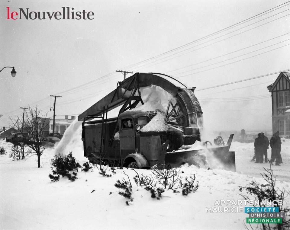 Varia-345-Snow.jpg