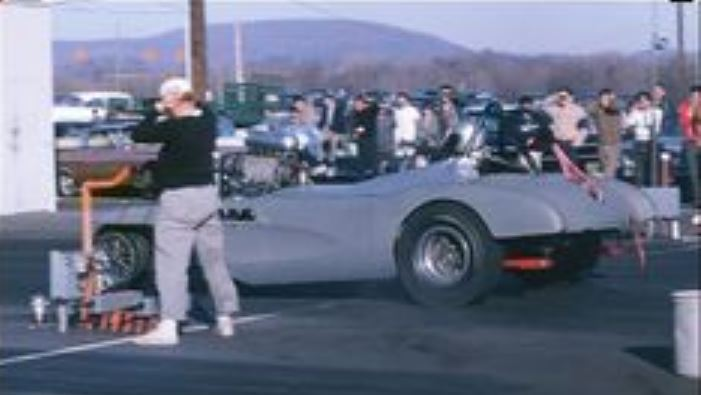 Vette maybe at dover and motion.JPG
