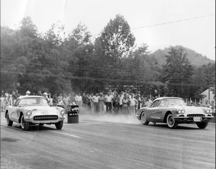 vettes at dover amnd motion.JPG