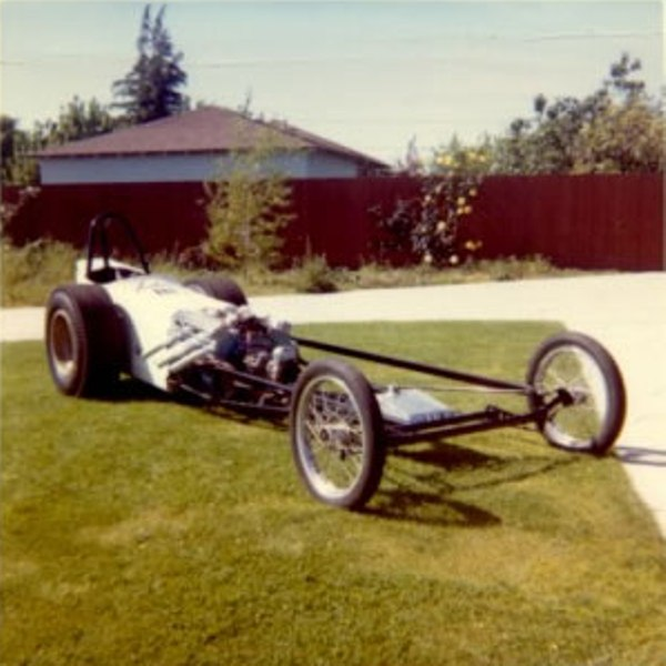 Vic Hubbard Special dragster (1).jpg