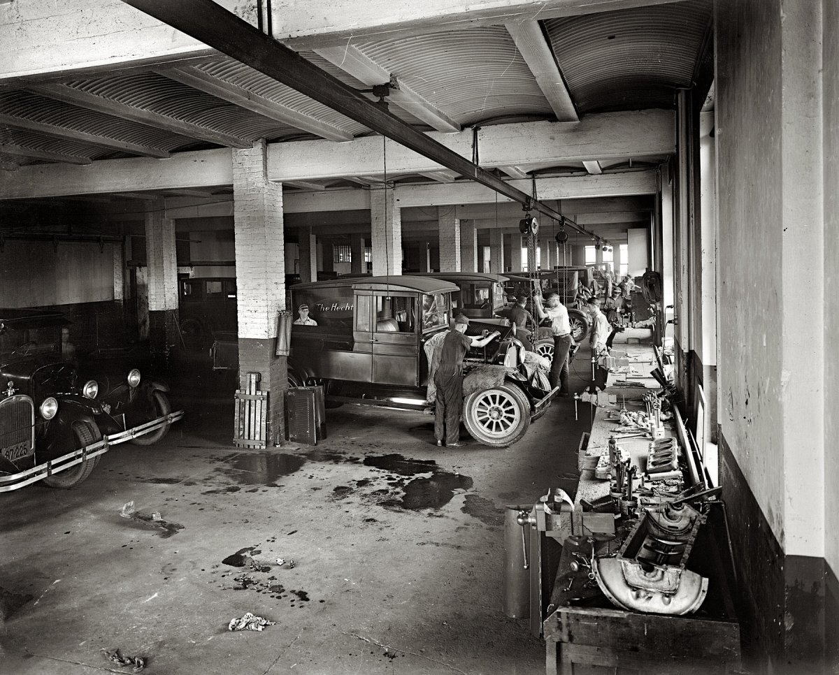 Vintage-Auto-Garage-67-In-Perfect-Home-Design-Your-Own-with-Vintage-Auto-Garage.jpg