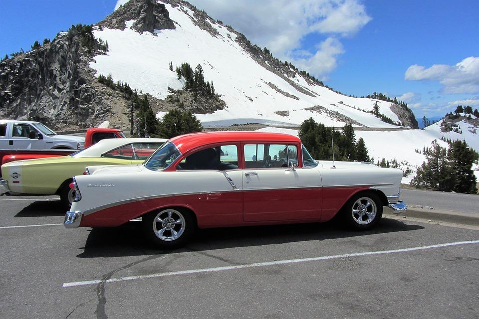 vintage-car-2055096_960_720.jpg