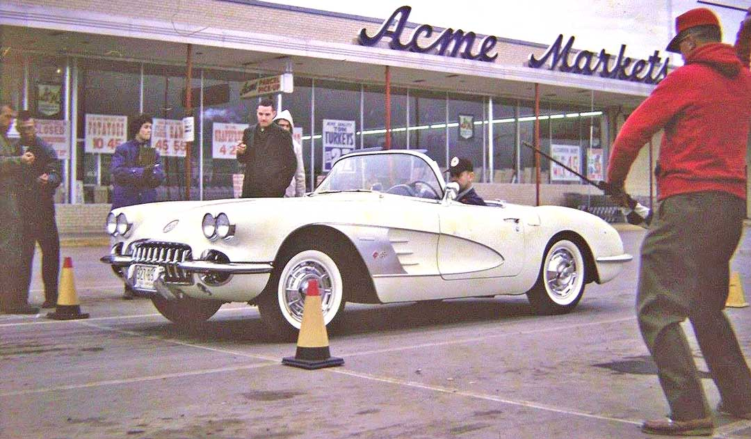 Vintage-Corvette.jpg