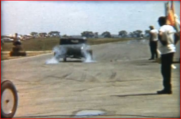 Vintage Drag Racing 8mm film (0m49s).JPG