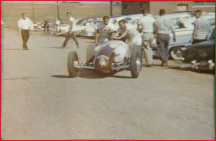 Vintage Drag Racing 8mm film (2m07s).JPG