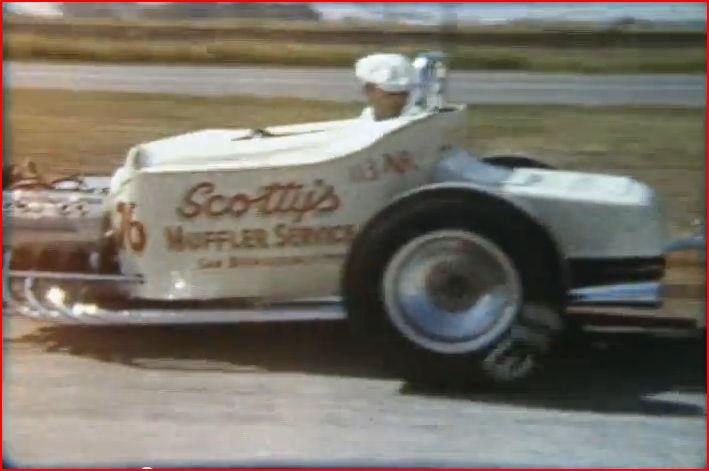 Vintage Drag Racing 8mm film (2m38s).JPG