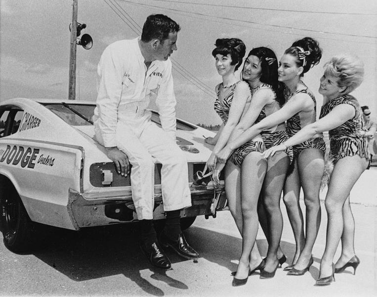 vintage-gridgirls2906.jpeg