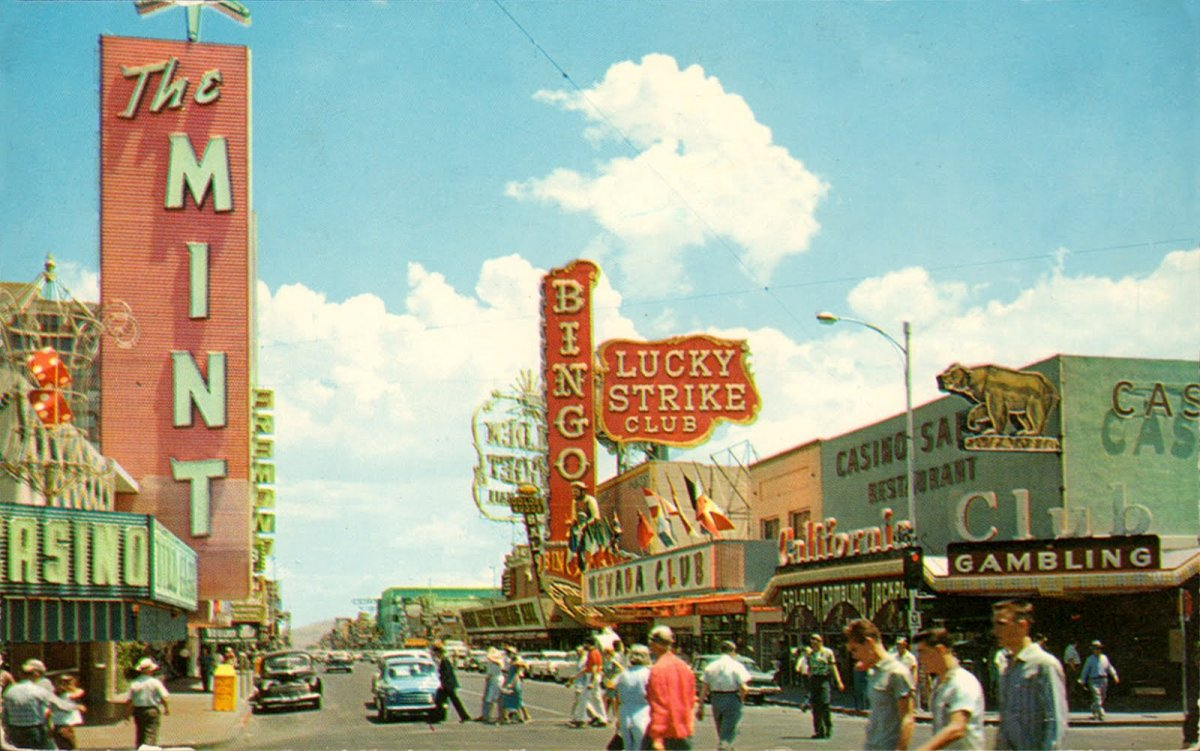 Vintage Photos of Las Vegas in the 1950s and 1960s (1).jpg