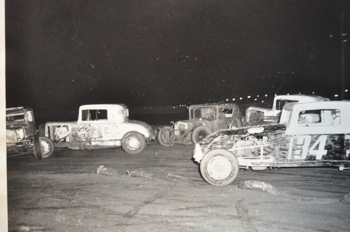 vintage racing pics for the hamb 023.JPG