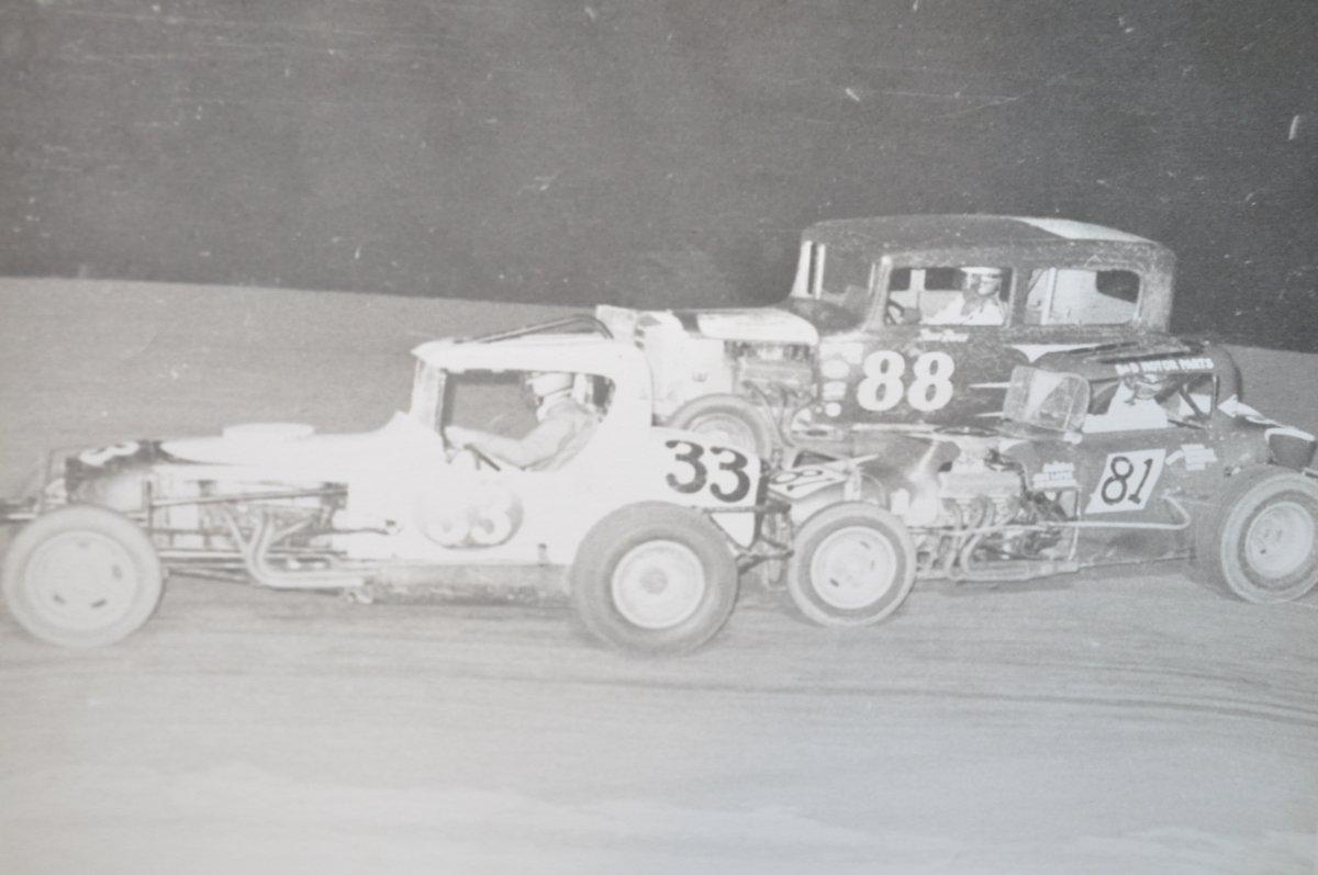 vintage racing pics for the hamb 031.JPG