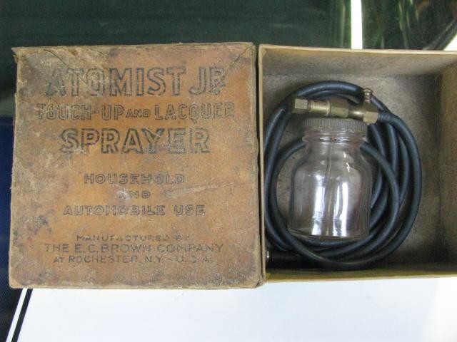 VintagePaintEquipment 001.jpg