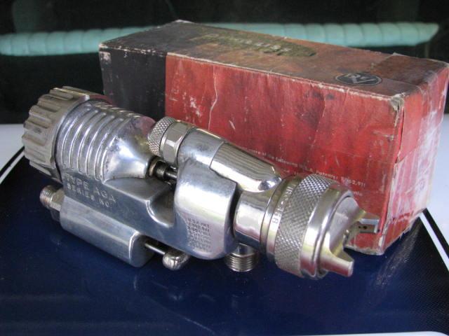 VintagePaintEquipment 020.jpg
