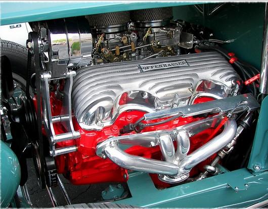 W engine in 32 Ford.jpg