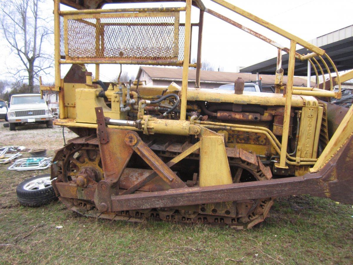 walknig tractors 006.JPG