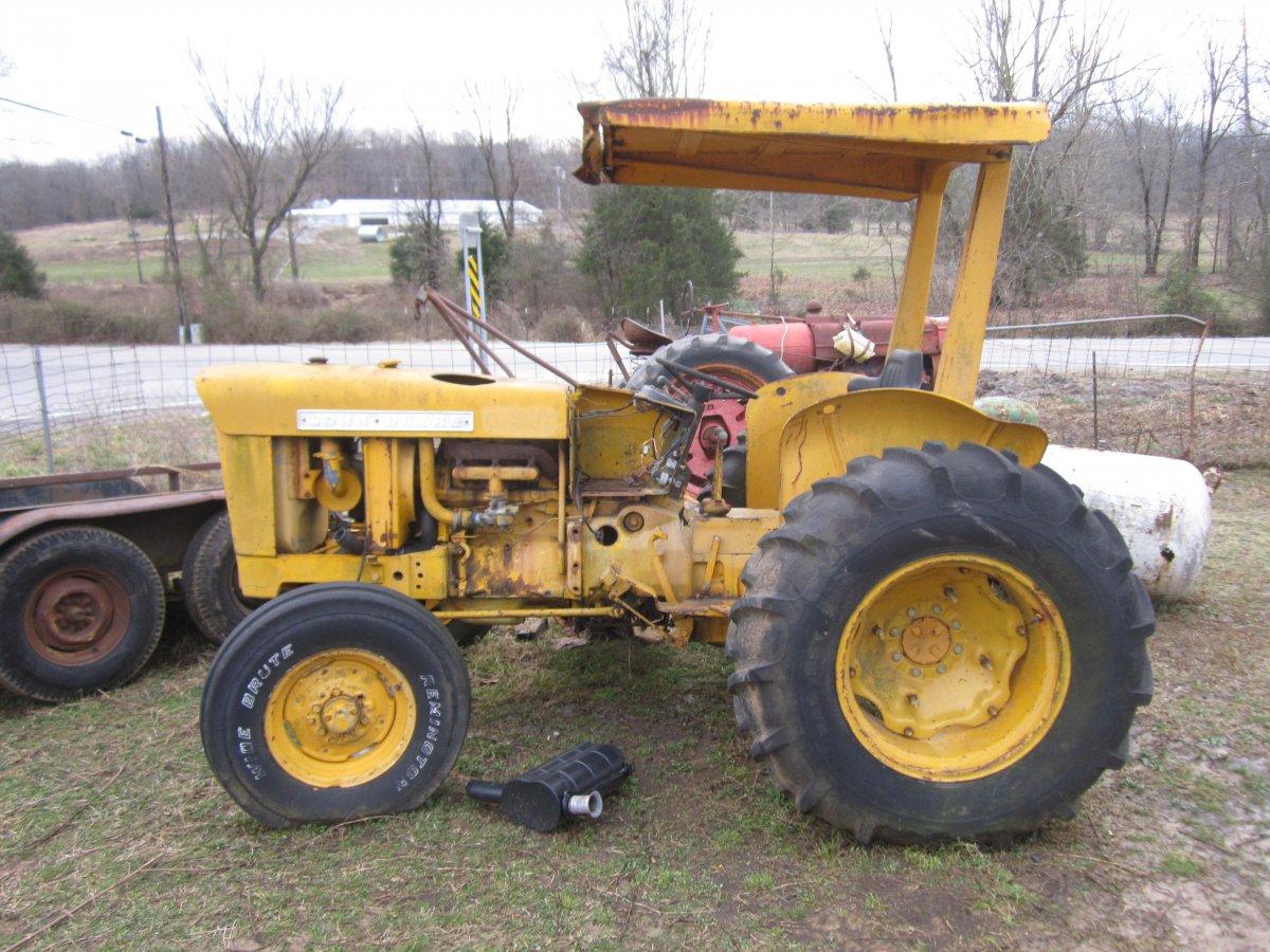 walknig tractors 008.JPG