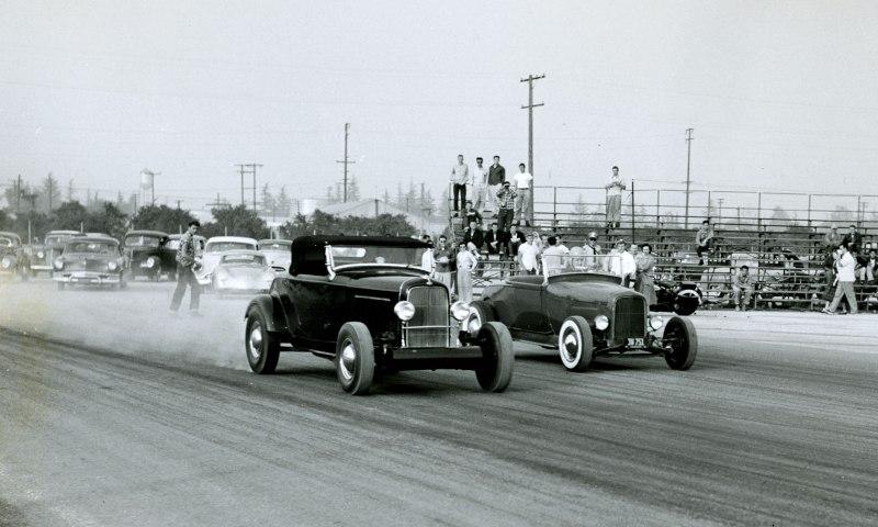 Wally Parks '29 Roadster vs Ak Miller '32 Roadsters.jpg