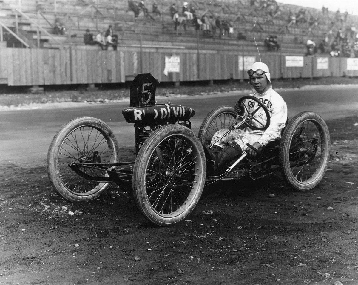Walter_Gossmann_1920_Tacoma_Cycle_car_Boland_G511120.jpg